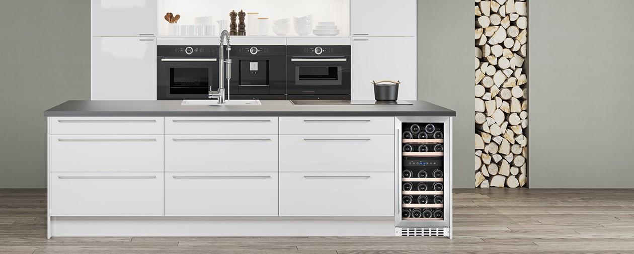 Køkken med vinkøleskab fra Temptech