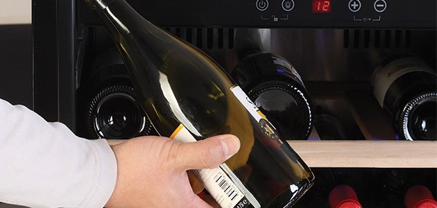Ta vare på vinen i et Temptech Sommelier-vinskap