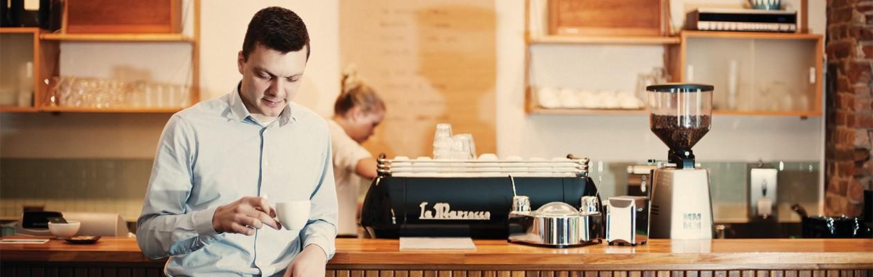 Få gode råd til kaffebryggingen av  baristakunsteren Tim Windelboe