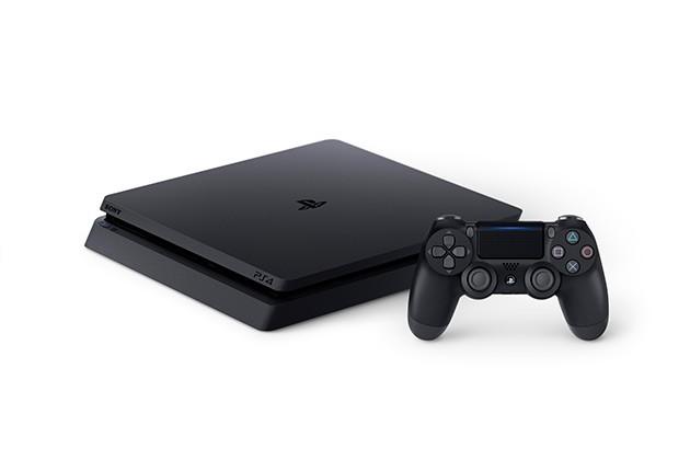 Den PS4 slim er 30 procent slankere end forgængeren