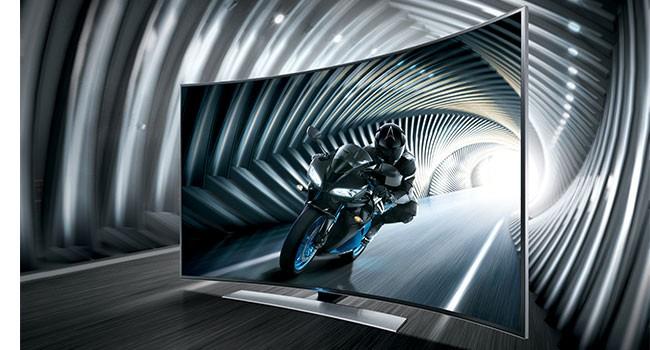Samsung curved tv bringer overvældende billeder ind i stuen ...