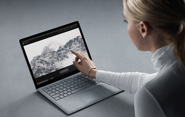 Surface Laptop med 13,5 tums Pixelsense-touchskärm