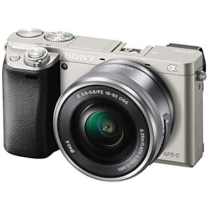 Sony Alpha A6000 systemkamera og 16-50 mm obj. (sølv)