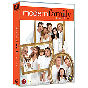 Modern Family - Säsong 8 (DVD)