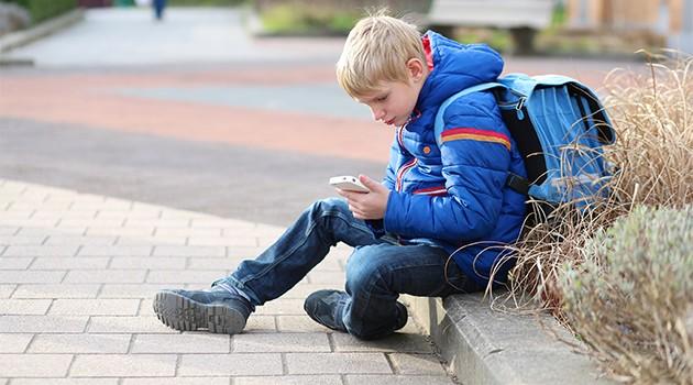 Guide - Så hittar du rätt mobil till barn och unga