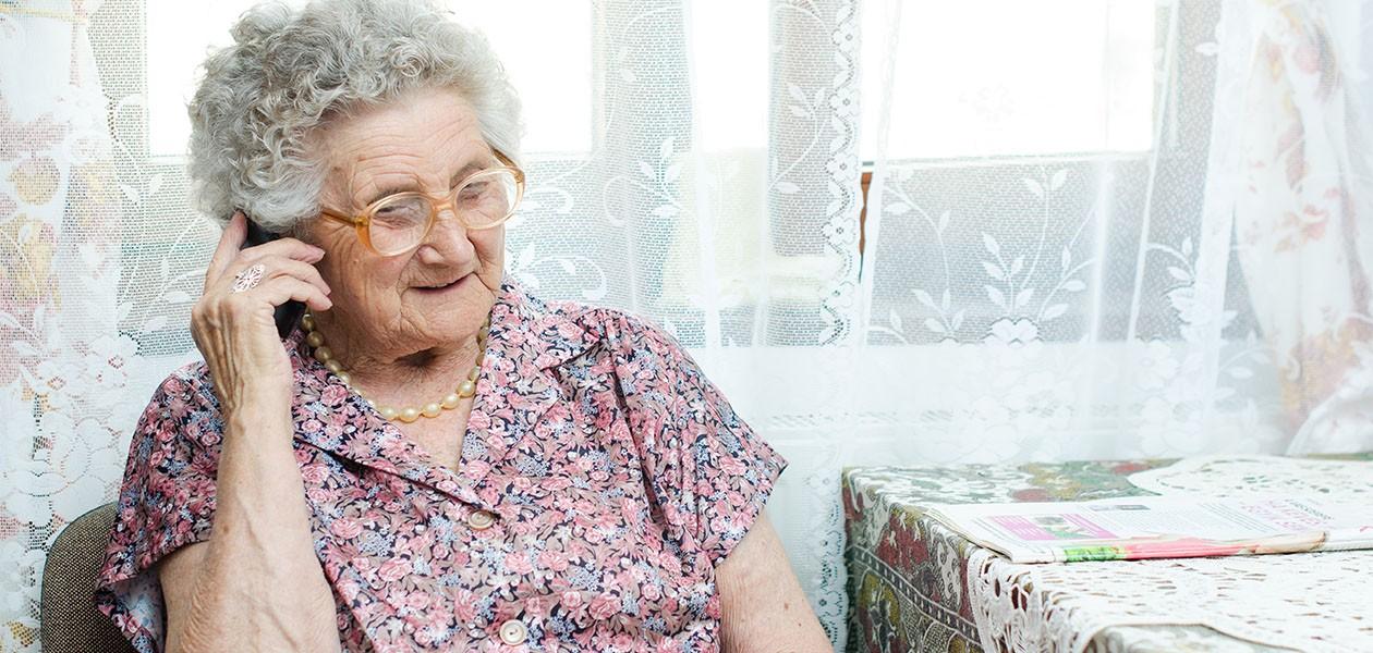 Användarvänliga mobiltelefoner för seniorer