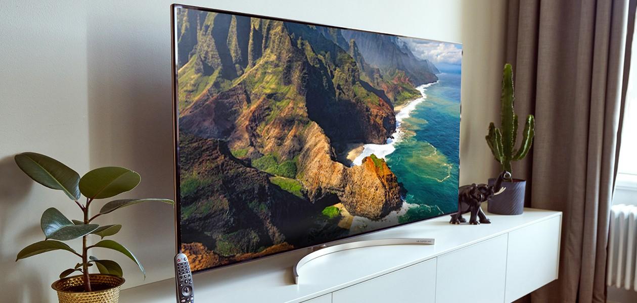 Grænseløs biografskærm med LG SUPER UHD TV
