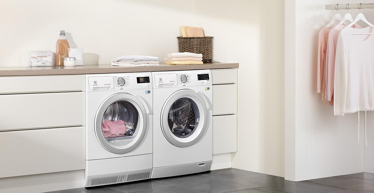 Electrolux UltraCare Eco tvättmaskin och DelicateCare torktumlare ...
