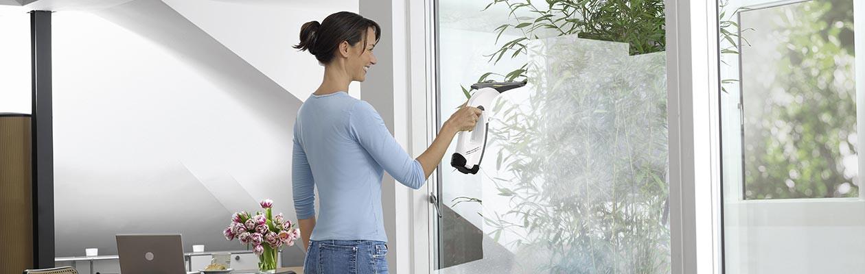 k rcher wv 70 plus vinduesvasker giver dig skinnende rene vinduer elgiganten. Black Bedroom Furniture Sets. Home Design Ideas