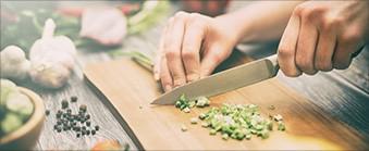 Finn den perfekte kjøkkenkniven hos Elkjøp