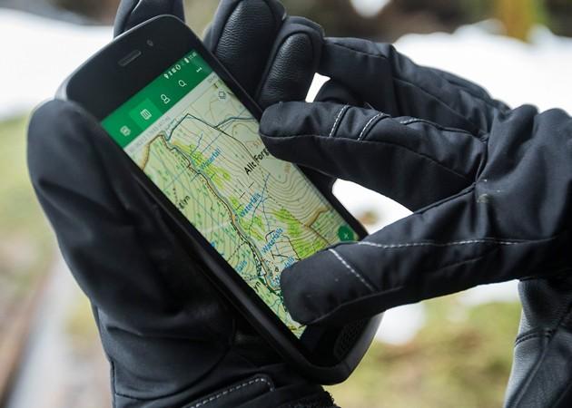 Smartphone med avancerede kortlægningsfunktioner