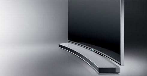 Buet lydplanke til en buet TV