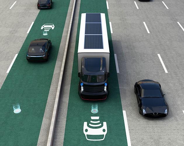 Trådlös laddning av bilarna medan de kör kan vara ett faktum i framtiden.